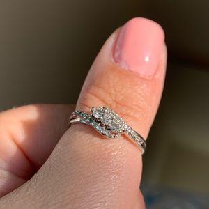 Sterling silver women's diamond ring
